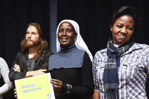 Lokal demokratihjälte: Syster Margaret Atieno Osogo
